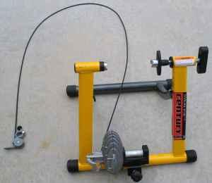 Trac Century Fluid Indoor Bicycle Trainer Centennial