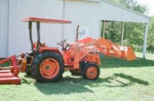 Tractor Kubota L2550 Diesel W Front End Loader