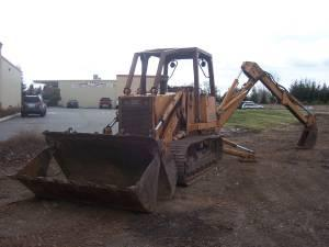TRACTOR LOADER CRAWLER/BACKHOE - $21500