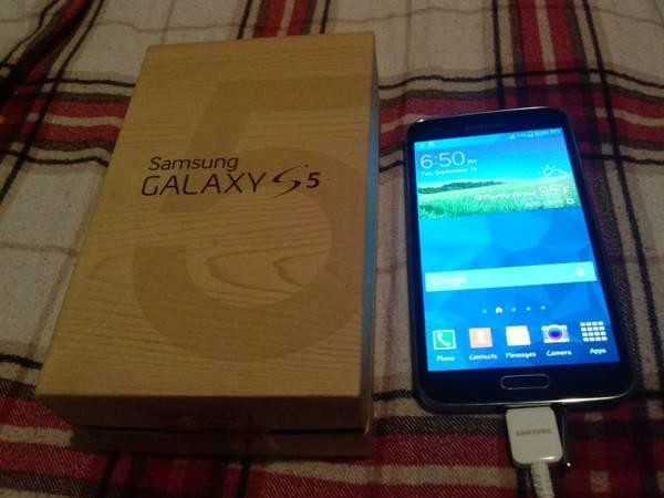 Trade Black Att / Straight talk / Net10 Galaxy S5 16gb