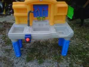 trade toy little tikes tool box - $15 40067