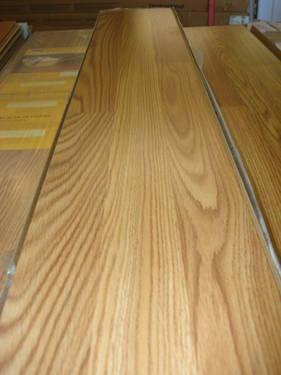 Traffic Master Chatham Oak Laminate Floor For Sale In