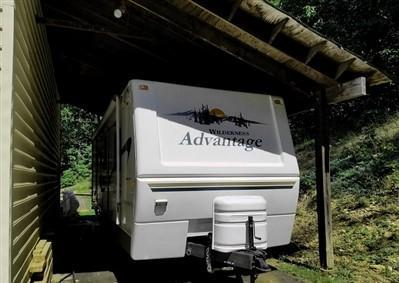trailer 2004 Fleetwood Wilderness Advantage hpe