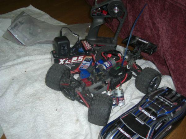 Traxxas 116 E-Revo basically new with a new motor and speed control - $137 Boulder