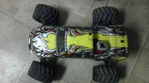 Traxxas revo with big block and extras - $175 Cda