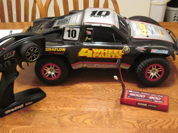 Traxxas Slash 4 X 4 $300.00 - $300