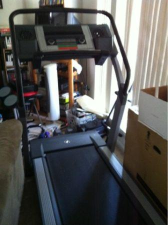 workout treadmill indoor