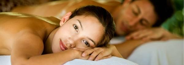 Treat your honey to a couples massage in kalamazoo for Abstract salon portage mi
