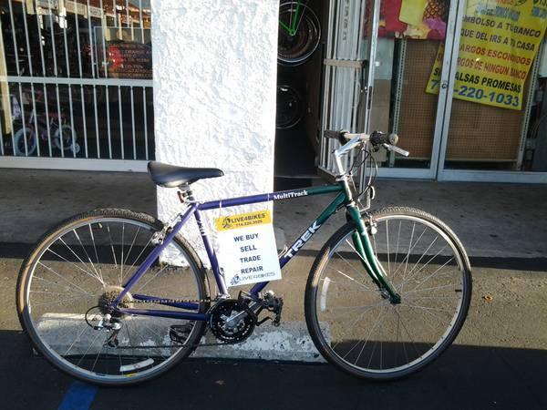 Trek Multitrack 730 48cm Hybrid Comfort Bike For Sale In