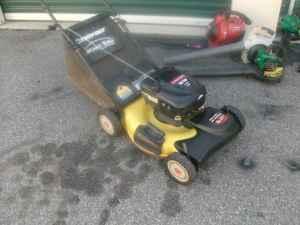 Troy Bilt 21 Quot Self Propelled Push Mower W Bagger