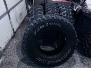Truck Tire Scotts Mi 49088 For Sale In Kalamazoo Michigan Classified