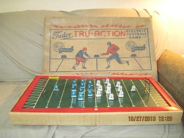 TUDOR TRU-ACTION ELECTRIC FOOTBALL GAME WORIGINAL BOX - $50