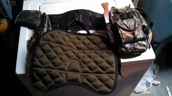 turkey hunting belt with 4 or 5 calls - $50