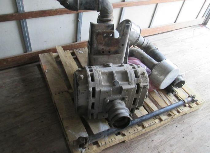 Tuthill T1050 Pneumatic Dry Bulk Truck Blower