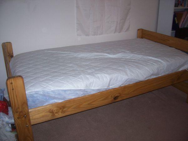 twin bed for boys or girls rochester for sale in rochester new york classified. Black Bedroom Furniture Sets. Home Design Ideas