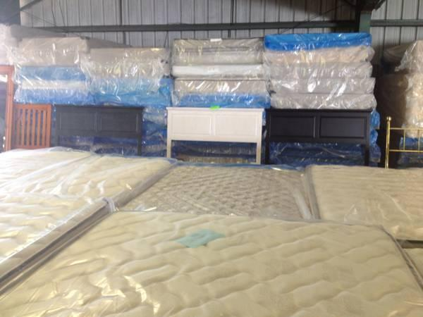 TWIN MATTRESS SETS for Sale in Lakeland Florida