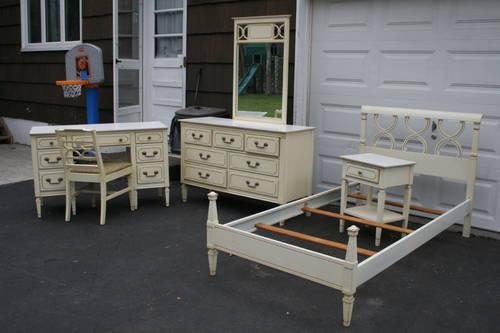Twin Off White French Style 6 Pc Bedroom Furniture For