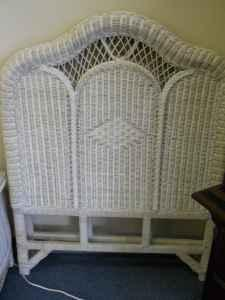 Twin Sz Wicker Headboards 60 40 Furniture Consignment Pensacola For Sale In Pensacola