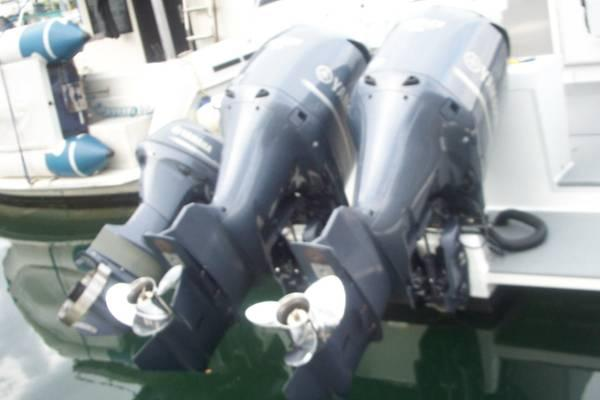 Twin Yamaha 350hp - $16000