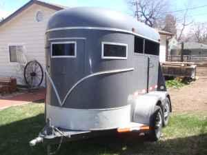 TWO HORSE TRAILER must see - $2200 (Lakewood)