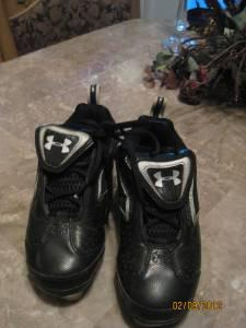 Under Armour Cleats Size 2 - $10 HallsPowell