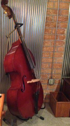 Upright Bass 1/2
