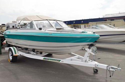 Used 1988 blue water 16 39 fiberglass boat for sale in for Blue water parts piscine