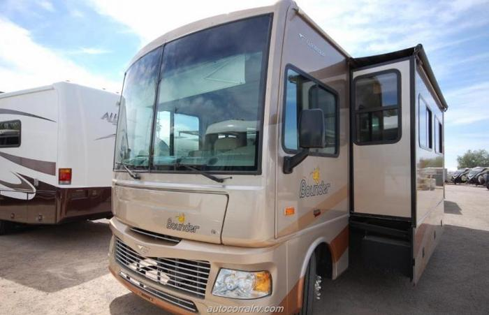 Used 2007 Fleetwood Bounder 32K Full Body Paint Class A ...