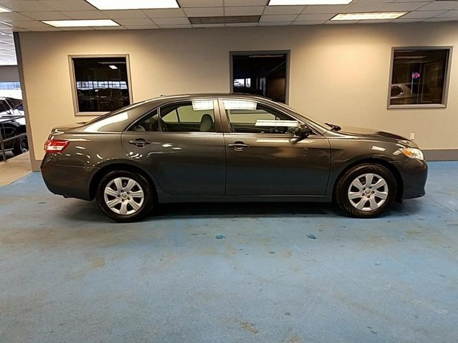 used 2010 toyota camry le decatur, il 62526 for sale in decatur, illinois classified americanlisted.com