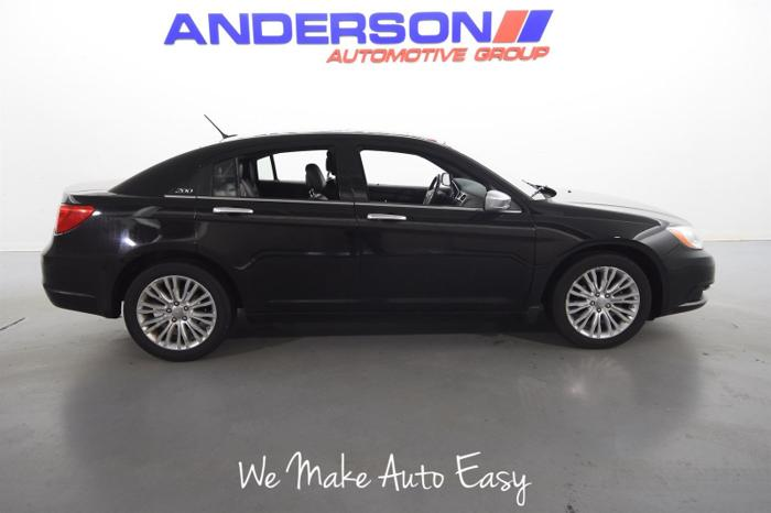 Used 2011 Chrysler 200 Limited Rockford, IL 61108