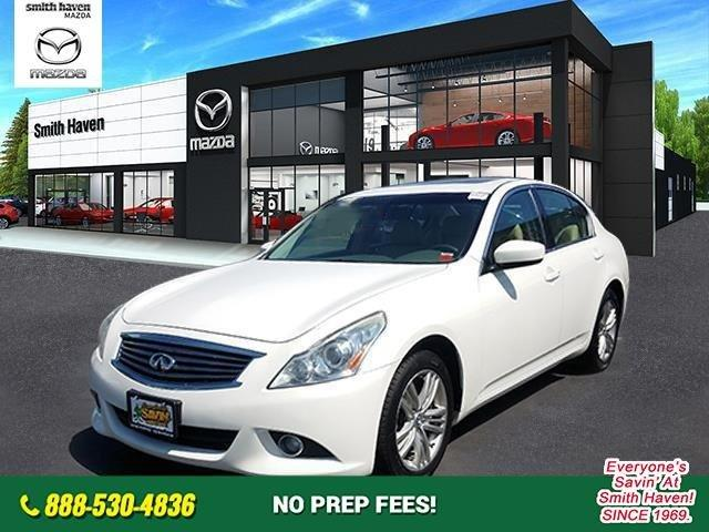 Used 2012 INFINITI G37 x St. James, NY 11780