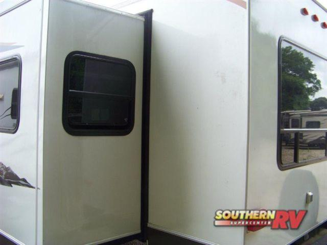 used 2013 prime time lacrosse 311rls travel trailer bank financing for sale in tyler texas. Black Bedroom Furniture Sets. Home Design Ideas