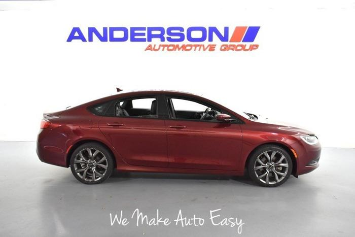 Used 2015 Chrysler 200 S AWD Rockford, IL 61108