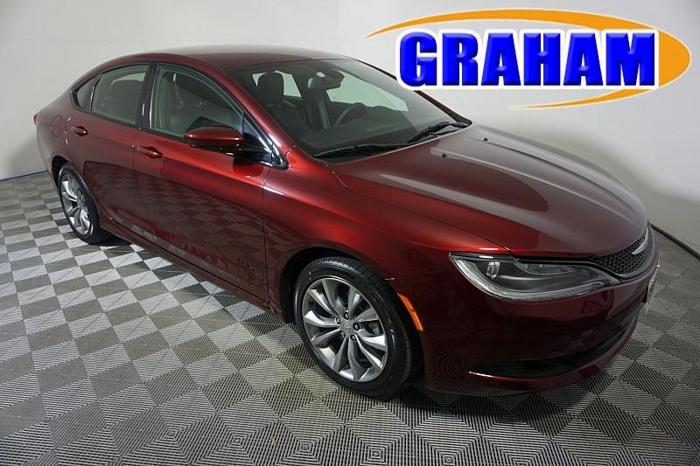 Graham Automall Mansfield >> Used 2015 Chrysler 200 S Mansfield, OH 44906 for Sale in ...