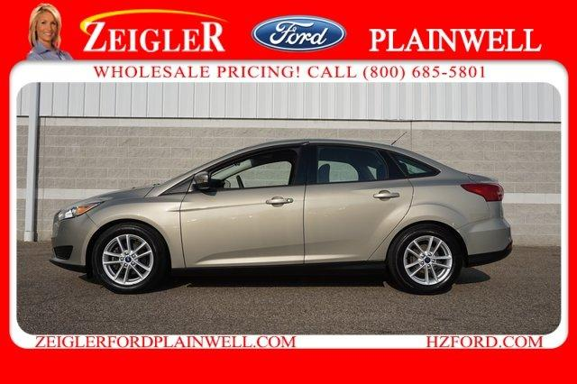 Used 2015 Ford Focus SE Sedan Plainwell, MI 49080