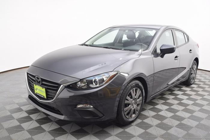 Used 2015 MAZDA MAZDA3 i Sport Sedan LA CROSSE, WI