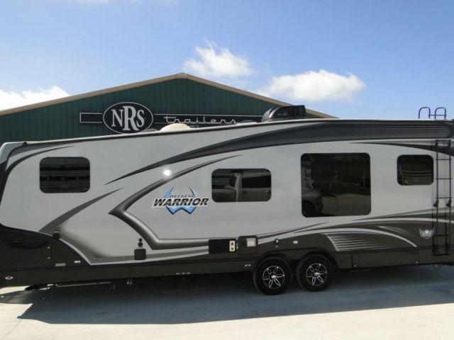 Used 2015 weekend warrior toy hauler for sale in decatur texas