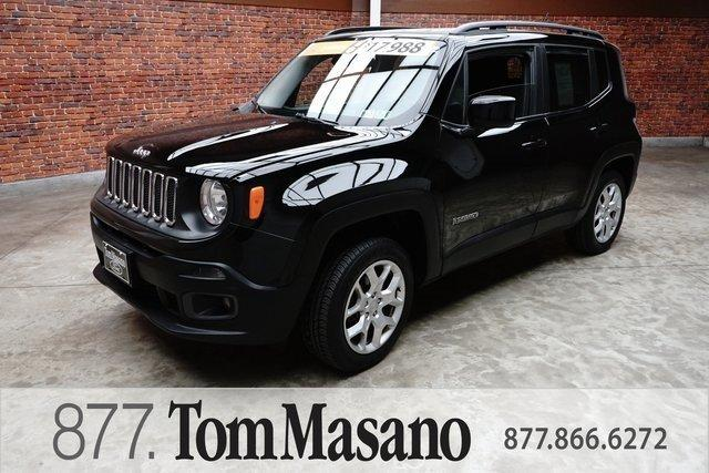 Used 2016 Jeep Renegade 4WD Latitude Reading, PA 19611
