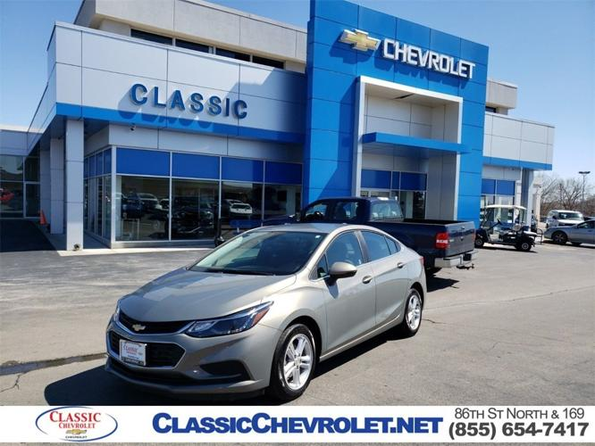 Used 2017 Chevrolet Cruze LT Sedan Owasso, OK 74055
