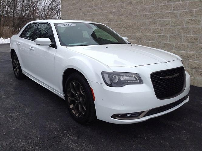 Used 2017 Chrysler 300 S AWD Rockford, IL 61112