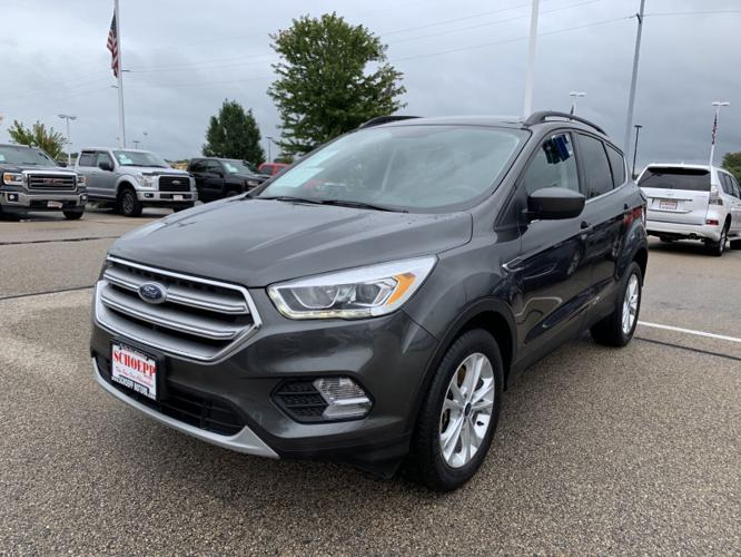 Used 2017 Ford Escape 4WD SE MIDDLETON, WI 53562
