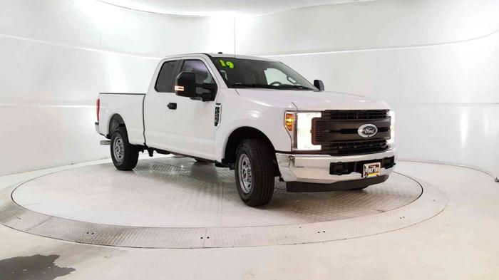 Used 2019 Ford F250 XL EDGEWOOD, NM 87015