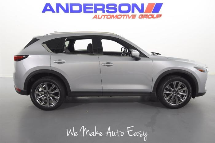 Used 2019 MAZDA CX-5 AWD Signature ROCKFORD, IL 61108