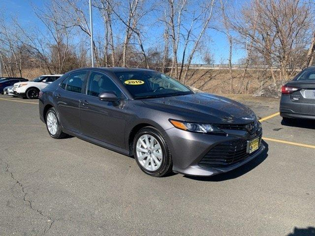 Used 2019 Toyota Camry LE Hartford, CT 06120