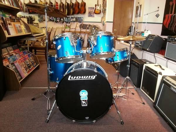 used 5 piece ludwig drum set for sale in cleaver new york classified. Black Bedroom Furniture Sets. Home Design Ideas