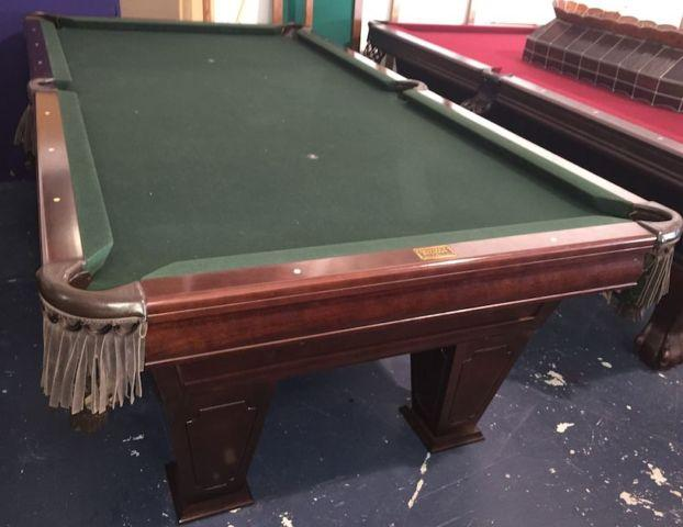 Used 8' Brunswick Pool Table For SALE! For Sale In Hialeah