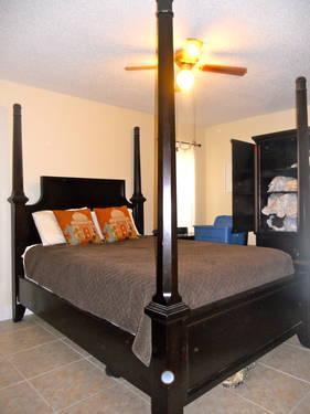 used ashley furniture bedroom and living room sets for sale in hobe sound florida classified. Black Bedroom Furniture Sets. Home Design Ideas