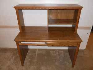 Used puter Desk with Hutch Grayson for Sale in