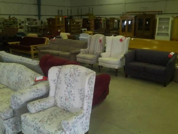Superbe USED FURNITURE WAREHOUSE For Sale In Danville, Ohio
