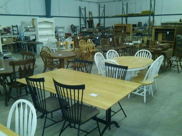 USED FURNITURE WAREHOUSE Danville for Sale in
